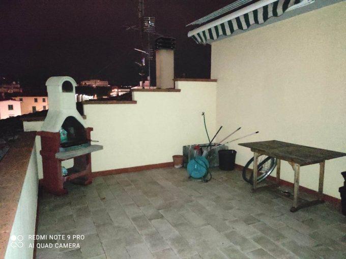 Scandicci p.ssi: in terratetto 80mq con terrazza pranzabile