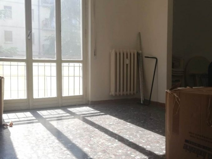 Scandicci Corbinaie 5 vani con balcone